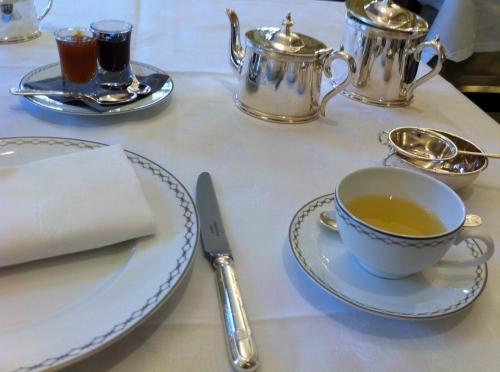 peninsula,julien alvarez,lobby,teatime romantique,rue kleber