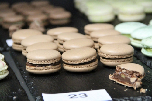 macaron, amateur, concours, vincent guerlais, karine bres, nantes, relais et dessert, ganache, tonka, noix, chocolat noir, Valrhona