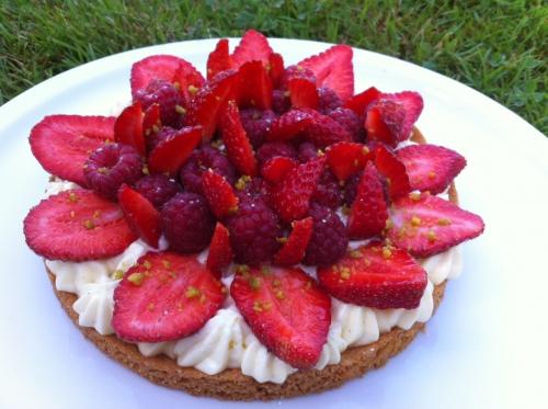 tarte,sablé breton,creme madame,fraise,fraises,framboise,framboises,groseille,vanille,creme patissiere,julien doré,guy demarle