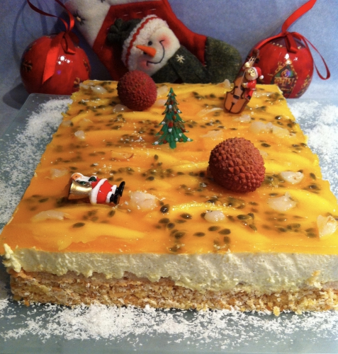 noel, entremets, fruits exotiques, fruits de la passion, mangue, litchi, mousse, vanille, croustillant, noix de coco, guy demarle