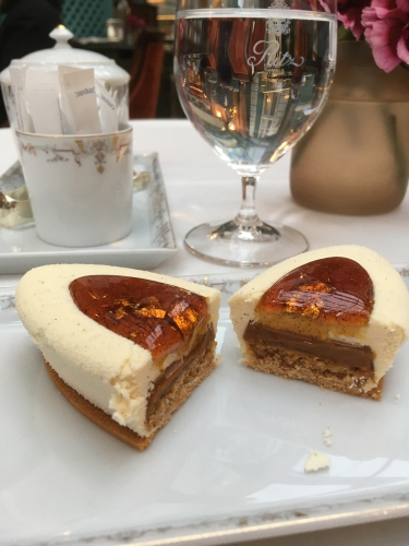 françois perret, barquette, caramel, coing, bar vendome, ritz, paris, dessert, luxe